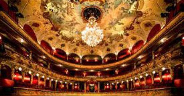 Das Hessische Staatstheater Wiesbaden In Der Hessischen Landeshauptstadt Ist Ein Funf Sparten Theater Mit Den Bereichen Oper Wiesbaden Ausflug Familienausfluge
