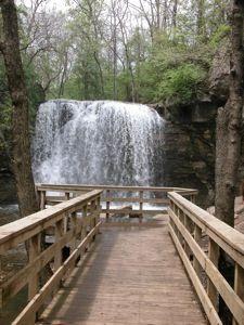 Hayden Falls Day Trips In Ohio Ohio Waterfalls Ohio Travel