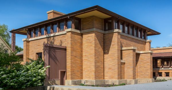 The Restored Carriage House At The Frank Lloyd Wright Darwin Martin House Martin House Darwin Martin House Architecture