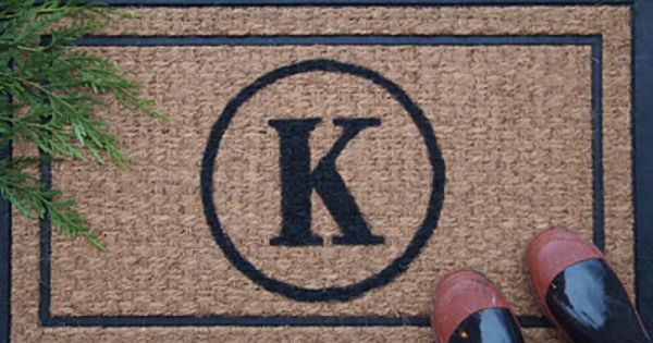 DIY Monogrammed Doormat; home gifts
