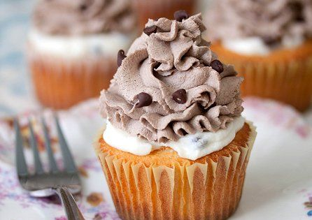 Cannoli Cupcakes or Missy cup cakes?