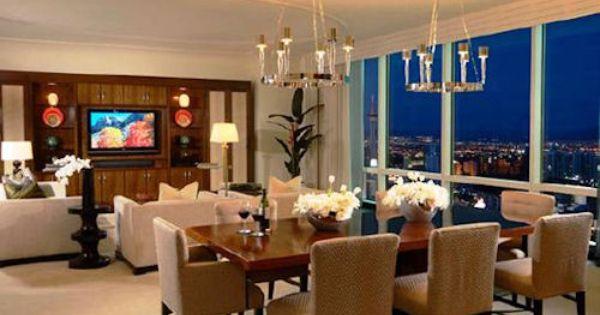 las vegas suites that sleep 6