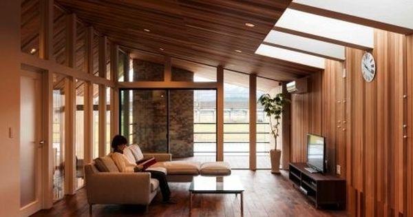 切妻の家 リビング 重量木骨の家 選ばれた工務店と建てる木造注文住宅
