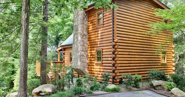 Sticks And Stones 1 Bedroom Cabin In Gatlinburg Tn Gatlinburg Cabins Cabin Gatlinburg
