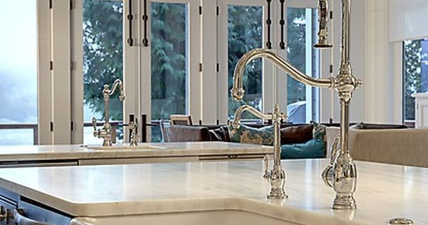 Classic stunning pot filling faucet and sink in the for Craftsman style kitchen faucets