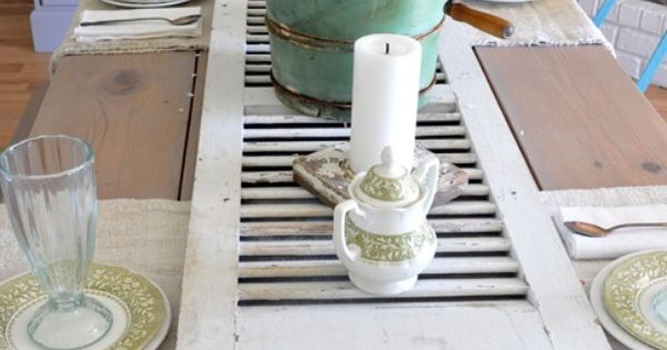 Great idea: Shutter used as table runner!