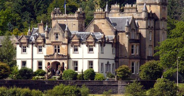 Cameron House Hotel - Loch Lomond, Scotland came to this castle for