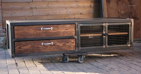 Meuble industriel fabrication m tal bois chaise relook for Bureau meuble en vrac