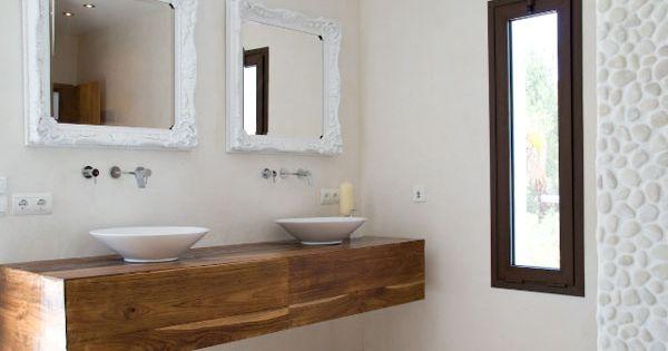 Reforma ba o lavabos sobre mueble madera de pared grifos for Espejos con marco de madera blanco