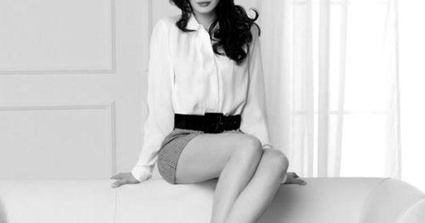 Anne. Hathaway.