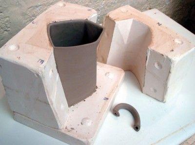 Making Plaster Moulds Moldes De Yeso Estudio De Ceramica Ceramica Artesanal