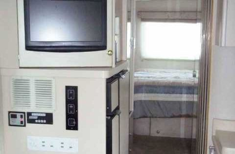 2001 Used Newmar New Aire Classic Class A In Tennessee Tn Recreational Vehicle Rv 2001 Newmar New Aire Ceiling Vent Fan Personal Shower Refrigerator Freezer