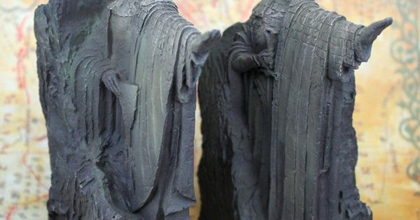 The lord of the rings hobbit third the gates of gondor argonath statue bookends hobbit gate - Argonath bookends ...