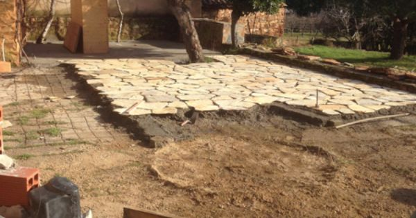 Plancha de hormig n para realizar la solera sobre la que - Colocar piedra natural ...