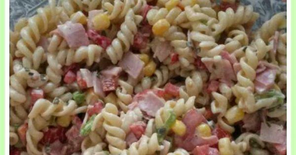 Heerlijke koude pasta salade hiervoor kook je 200 gram Tuna and philadelphia pasta