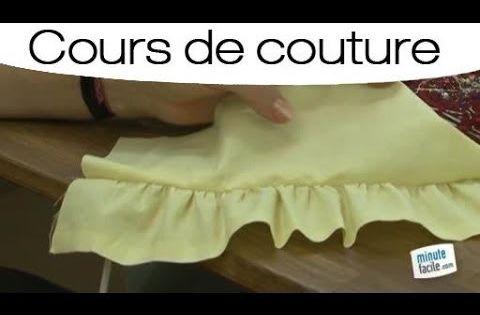 apprendre faire une fronce la machine youtube couture pinterest belle vid os et comment. Black Bedroom Furniture Sets. Home Design Ideas