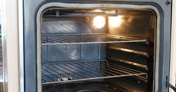 how to clean your oven with baking soda facebook