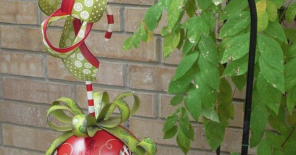Easy Christmas / holiday Decor Decorating / Creative Decoration Ideas / garden