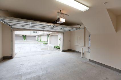 Garage Door Opener Houston Contact At 832 454 3432 Or Visit Http Garage Door Installation Garage Door Opener Repair Garage Door Opener Replacement