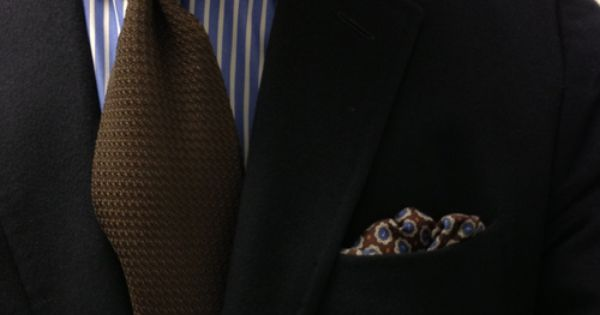 Napoli. The Kiton spread collar and the Cappelli grenadine. a??a?� | See more about Ties, Collars and Navy Jacket.