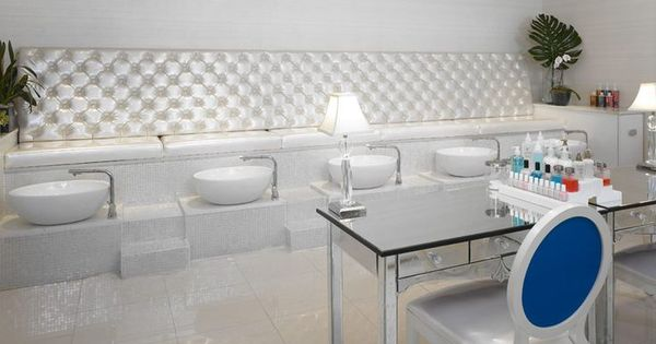 Image Result For Portable Pedicure Sink Uk Beauty Salon Decor Nail Salon Salon Interior Design