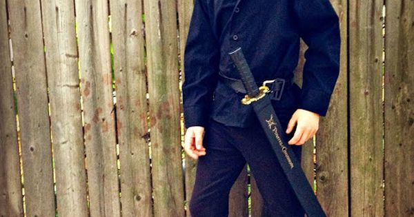 DIY Costume: The Dread Pirate Roberts from The Princess