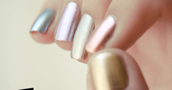metallic rainbow nails and anchor ring!