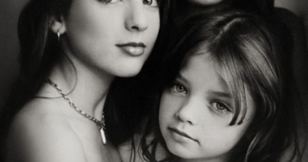 Sue Bryce | family posing