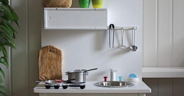 meuble vintage transform en cuisine pour enfant kids pinterest cuisine pour enfant. Black Bedroom Furniture Sets. Home Design Ideas