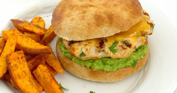 Cheddar Jalapeño Chicken Burgers with Guacamole | Guacamole, Cheese ...