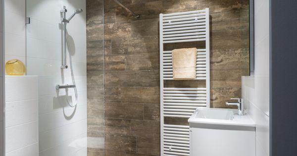 Kleine badkamer Baderie | Met, Van and Products