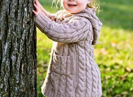 10 tips for taking pics of kids. Cute, but I don't agree