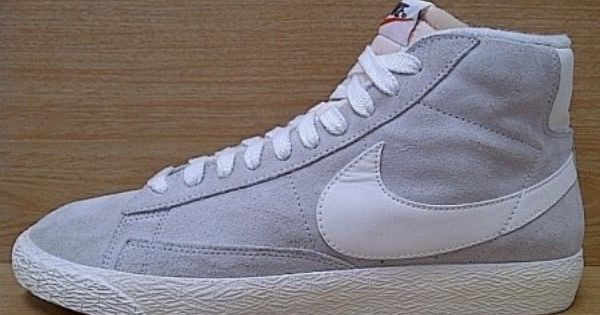 Kode Sepatu Nike Blazer Hi Vintage Grey White Ukuran Sepatu 42 Harga Rp 560 000 Untuk Pemesanan Hub 0831 6794 8611 Nike Blazer Sepatu