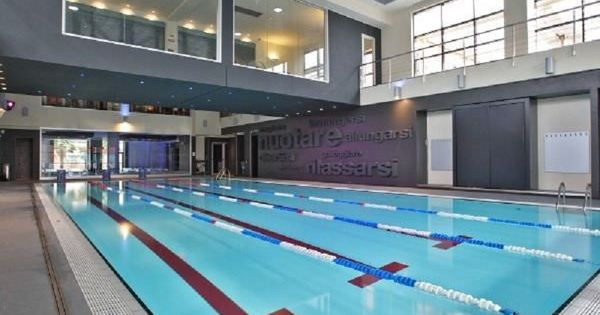 Indoor Small Inground Pools For Comercial Training Http Lanewstalk Com The Possibility Of Having Small Ingro Small Inground Pool Inground Pools Pool Liners