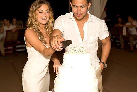 Alexa Vegas Romantic Mexico Wedding See Her Wedding Dress