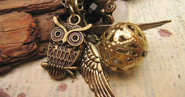 Vintage style with owl and wings