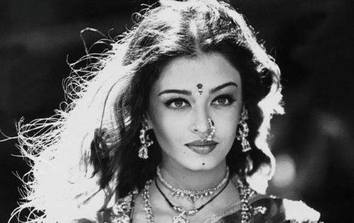 Aishwarya rai beauty secrets pinterest aishwarya rai - Aishwarya rai coup de foudre a bollywood ...