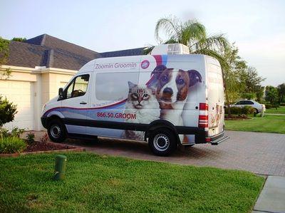 Mobile Pet Grooming Van Photos Zoomin Groomin 855 825 Pets Mobile Pet Grooming Dog Grooming Pet Grooming