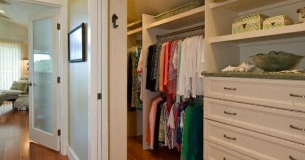 begehbarer kleiderschrank dachschr ge tolle tipps zum selberbauen. Black Bedroom Furniture Sets. Home Design Ideas