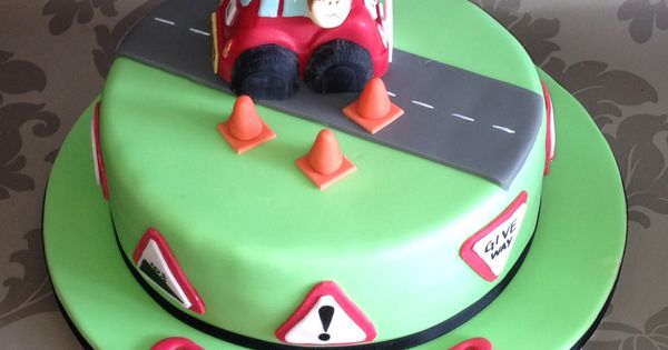 New driver cake | 16th Birthday New Driver Party Ideas ...