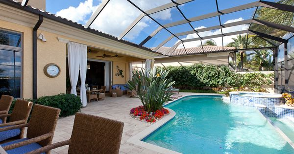 Pool And Lanai Are Beautiful For The Home Pinterest