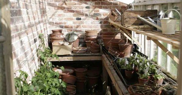In the greenhouse jardin pinterest serre la maison de mes r ves et v randas - La cabane de mes reves ...