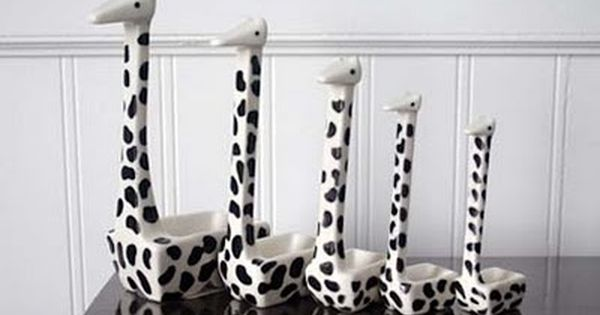 Giraffe Measuring Spoons...I have a thing for animal themed kitchen utensils