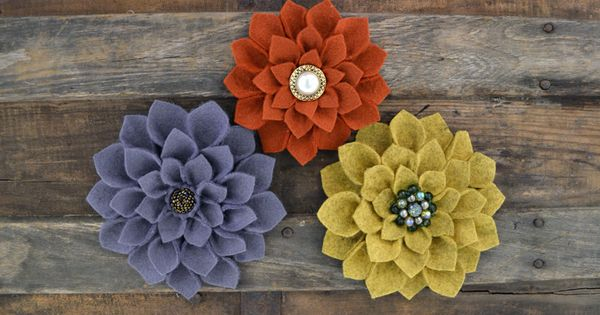 TUTORIAL: DIY Felt Dahlia Flowers