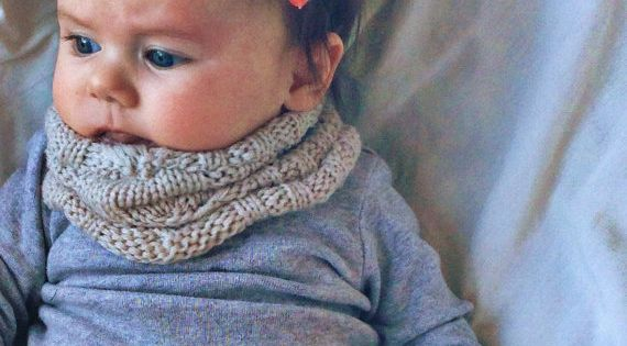 This is pretty much the cutest baby outfit ever. baby bow headband by turbansfortots on Etsy