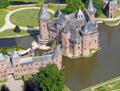 De Haar castle, Netherlands via Dr. Jeff Adams