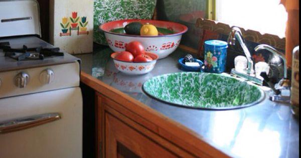 Vintage Travel Trailer Interior Love The Graniteware Basin Sink Love This Pinterest