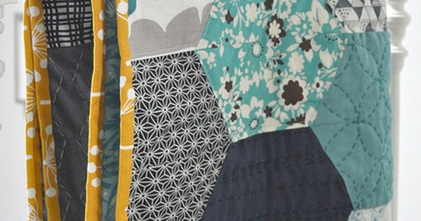 Fun baby quilt pattern - i like the design, not the fabric