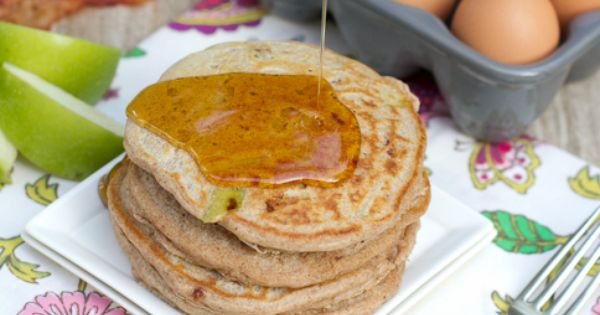Whole Wheat Apple Bacon Pancakes | Weight Watchers/ Eat Clean/ Prism ...