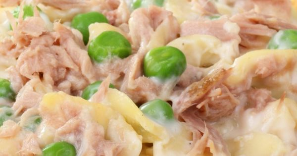 one pot tuna casserole recipe with egg noodles, peas